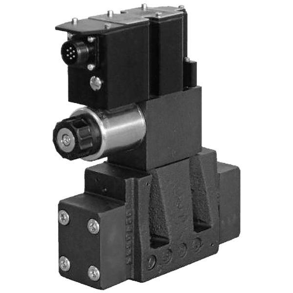 Kívülről vezérelhető elővezérelt háromutas nyomáscsökkentő szelep arányos mágnessel, ráépített elektronikával DZCE5G CETOP P05 DZCE5RG ISO 4401-05 DZCE7G ISO 4401-07 DZCE8G ISO 4401-08 p max 350 bar Q max (lásd katalógus)