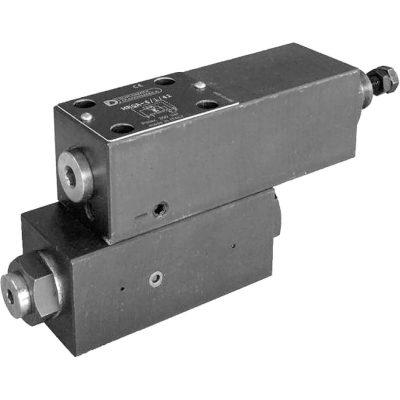Elővezérelt akkumulátortöltő – nyomáslekapcsoló szelep CETOP 03 NA 06 p max 350 bar Q max 40 l/min Az MRQA egy nyomáscsökkentő és biztonsági szelep automatikus le ürítéssel. A beállított érték elérésekor a szelep tartályra kapcsolja a szivattyú folyadék szállítását és akkor kapcsolja rá a rendszerre újra, amikor a beállított rendszernyomás 63-75%-át eléri. Ahhoz, hogy ez megfelelően működjön, hidraulika akkumulátor használata szükséges amely garantálja nyomás esés esetén a rendszer állandó nyomását. Így védi a hidraulika kört a túlmelegedéstől és a túlzó energia fogyasztástól. Érdemes minél közelebb rakni az akkumulátort az MRQA szelephez.