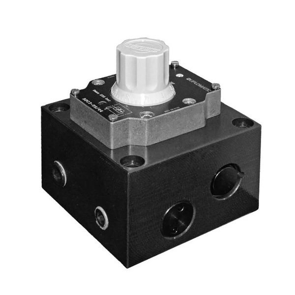 Az RPC* szelep egy nyomás és hőmérséklet kompenzált áramállandósító szelep Az áramlási sebességet egy kalibrált tekerő gombbal lehet állítani ami csavarral rögzíthető Az áramlási sebesség teljes tartományát a tekerő gomb 6 teljes fordulatával állítható a két végpont között, közte pedig számok mutatják a gomb helyzetét