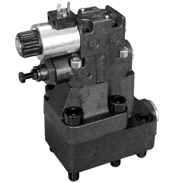 RQ*M*-P Elővezérelt akkumulátortöltő – nyomáslekapcsoló szelep, elektromos tehermentesítéssel (alaplapos) RQRM*-P külső vezérléssel RQAM*-P beépített visszacsapó szeleppel Az RQ*M*-P szelepek nem csak normális nyomáscsökkentő vagy biztonsági szelepként működnek, hanem a szivattyú folyadék szállítását is elmenő ágra teszik ha az eléri a beállított nyomást, vagy ha a mágnes szelep nem kap vezérlő feszültséget. Ehhez szükséges hidraulika akkumulátor használata a rendszerben. Visszacsapó szelep megakadályozza az akkumulátor leürülését ha a szelep nyitott állapotban van.